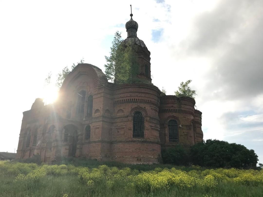Никольский храм (с.Студенка, Пензенская область)