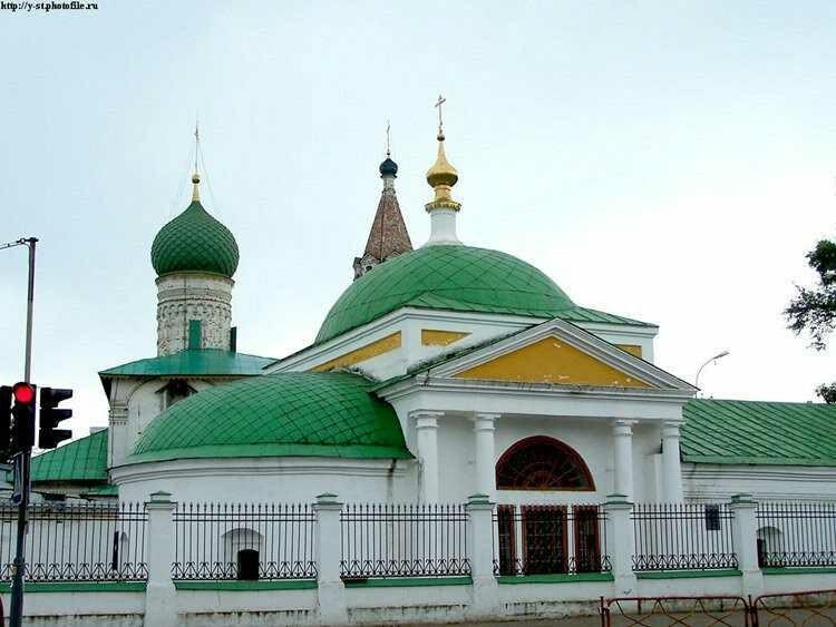 Церковь Похвалы Пресвятой Богородицы в Ярославле