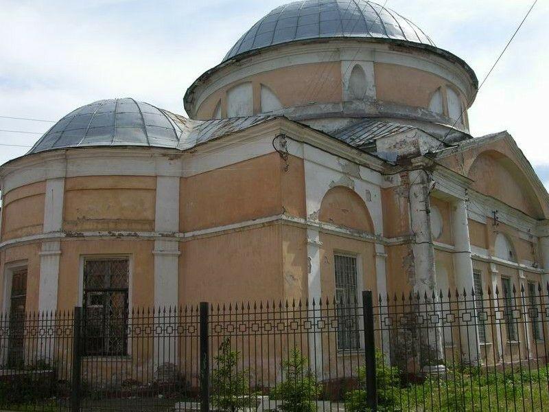 Церковь покрова Пресвятой Богородицы в Ярославле