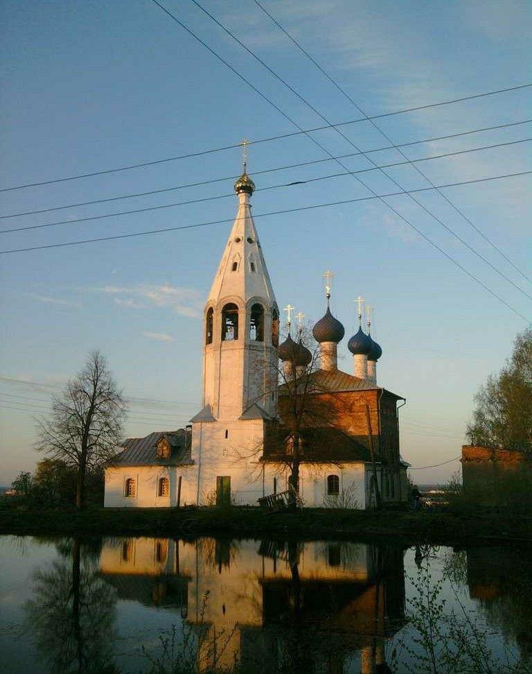 Церковь Иоакима и Анны в селе Лучинское