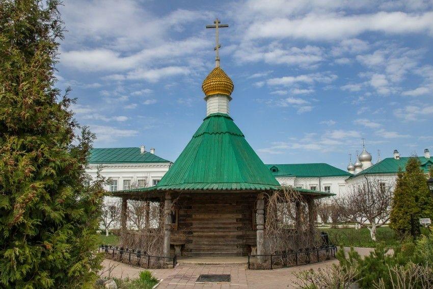 Часовня Иакова Ростовского в Спасо-Яковлевском Димитриевском монастыре в Ростове Великом