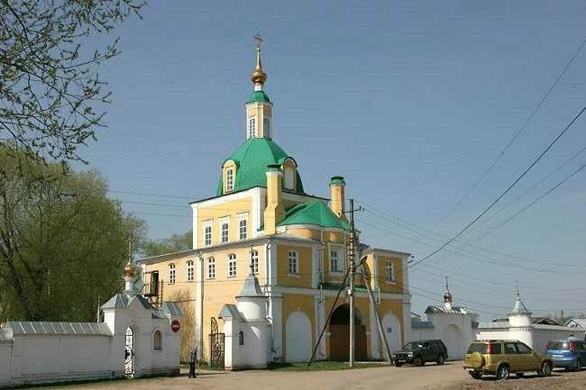 Церковь апостолов Петра и Павла Никольского монастыря в Переславле-Залесском