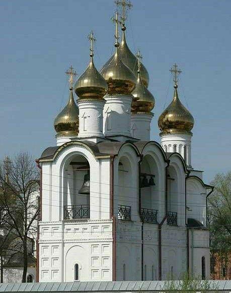 Церковь усекновения главы Иоанна Предтечи Никольского монастыря в Переславле-Залесском