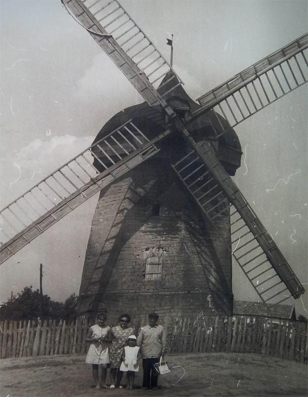 Ветряная мельница (с. Манычское)
