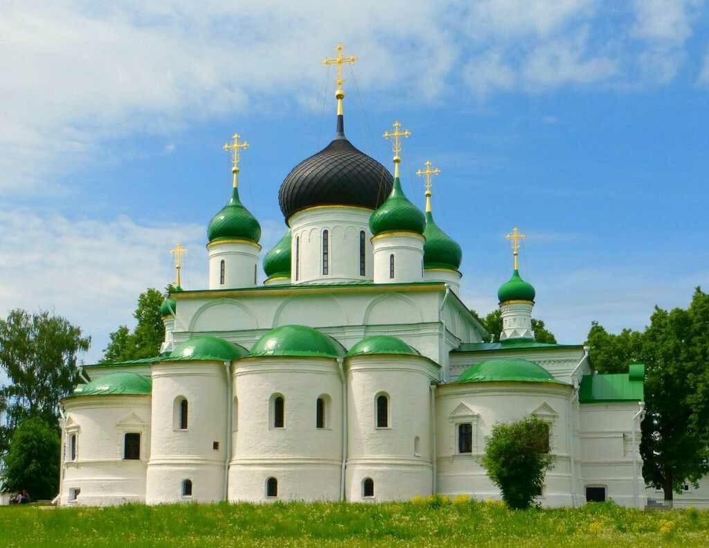 Собор Феодора Стратилата Феодоровского женского монастыря в Переславле-Залесском