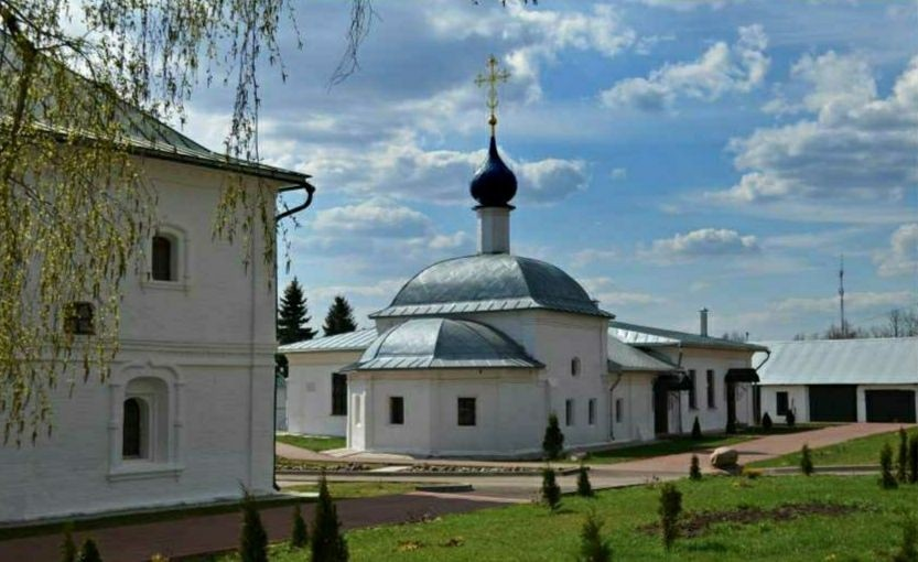 Церковь Казанской иконы Божией матери Феодоровского женского монастыря в Переславле-Залесском