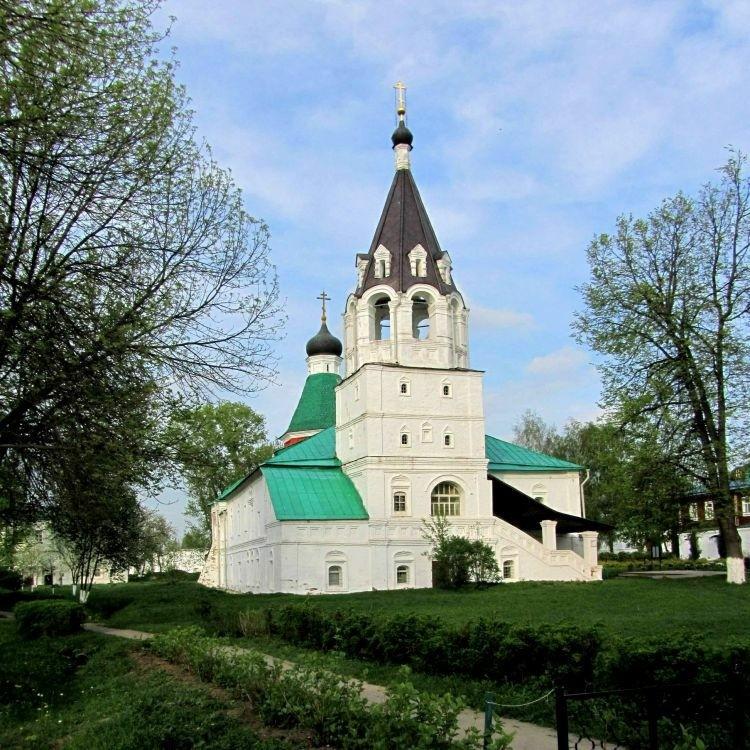 Церковь Покрова Пресвятой Богородицы в Свято-Успенском женском монастыре в Александрове