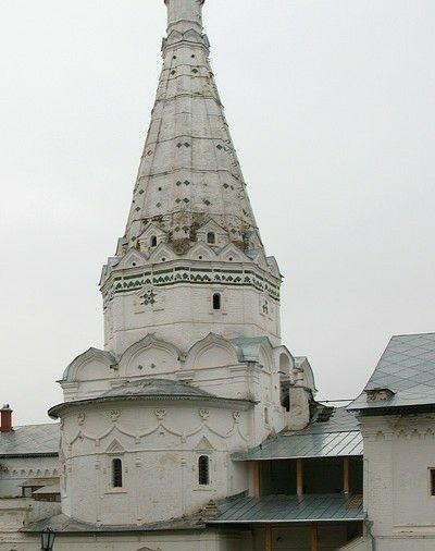 Церковь Зосимы и Савватия при больничных палатах в Свято-Троицкой лавре в Сергиевом Посаде