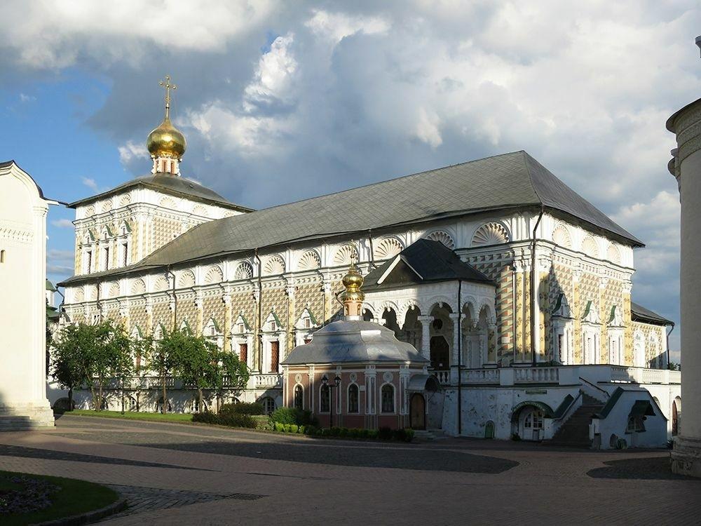 Церковь Сергия Радонежского в Трапезной палате в Свято-Троицкой Сергиевой лавре в Сергиевом Посаде