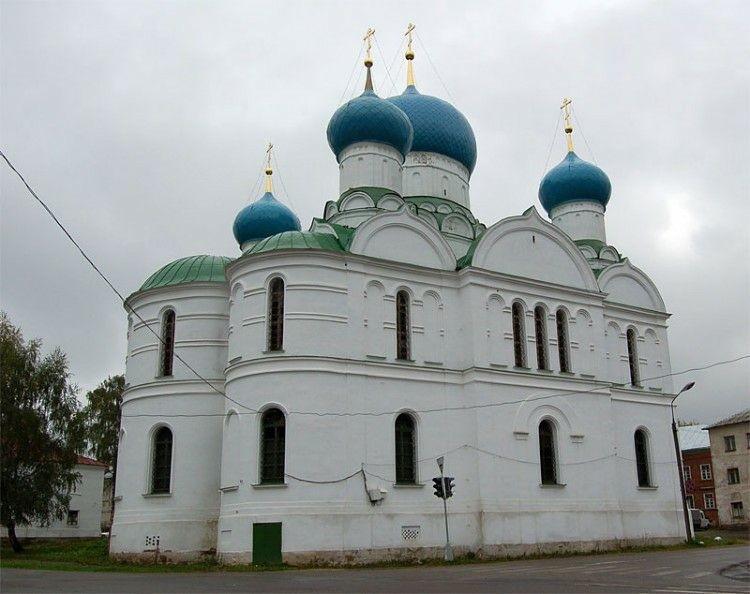 Собор Богоявления Господня Богоявленского женского монастыря в Угличе