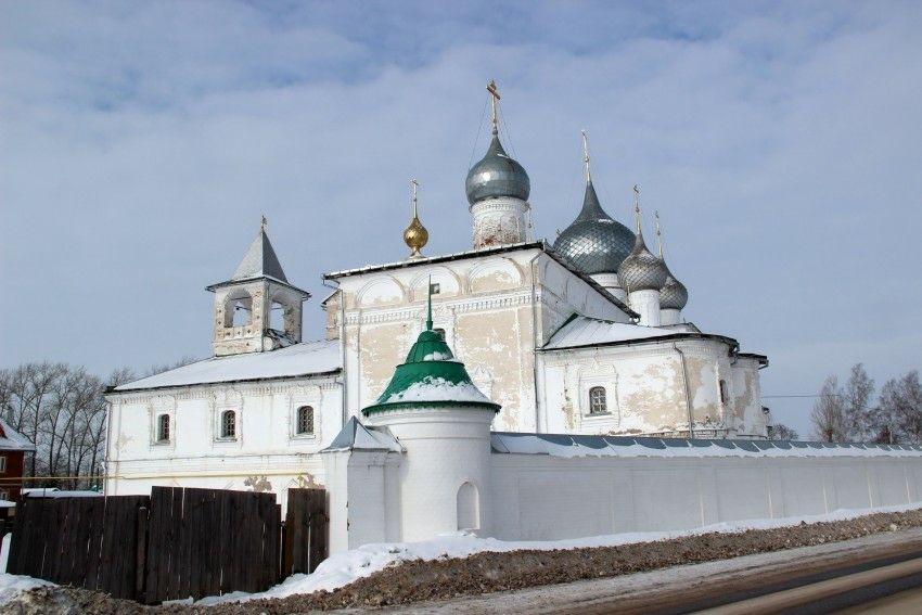 Церковь Смоленской иконы Божией матери Воскресенского Угличского мужского монастыря