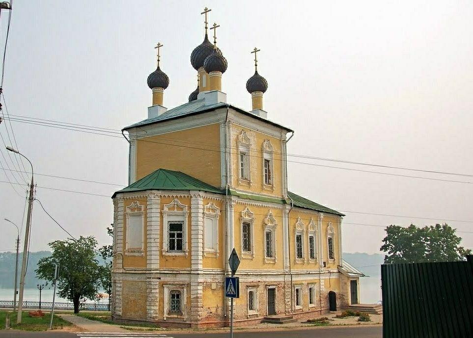 Церковь Флора и Лавра в Угличе