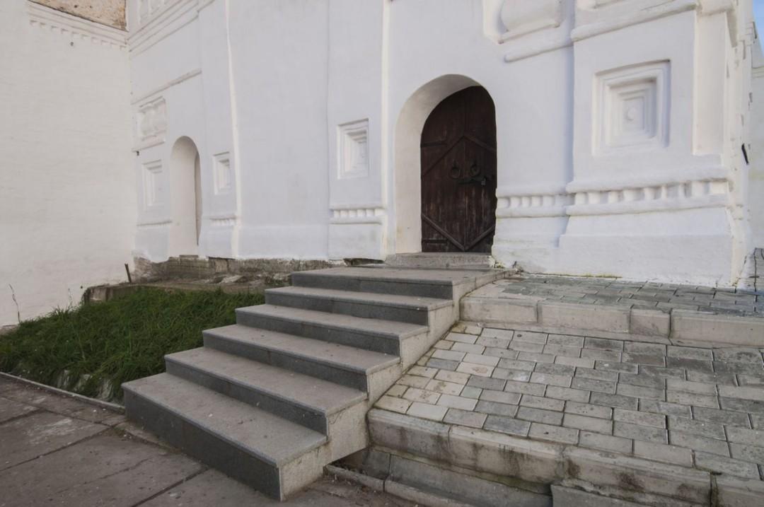 Колокольня Свято-Пафнутьева Боровского монастыря
