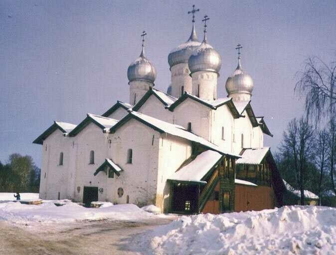 Церковь Бориса и Глеба в Плотниках в Великом Новгороде