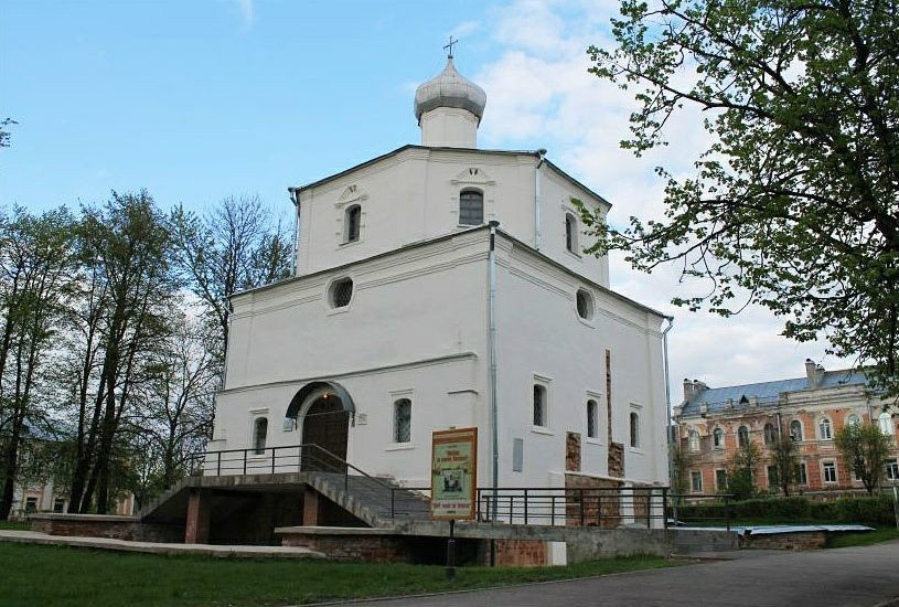 Церковь Георгия Победоносца на Торгу в Великом Новгороде