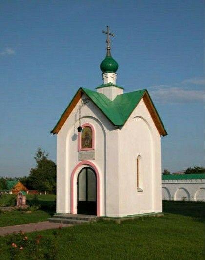 Часовня Георгия Победоносца в Покровском Звирином женском монастыре в Великом Новгороде