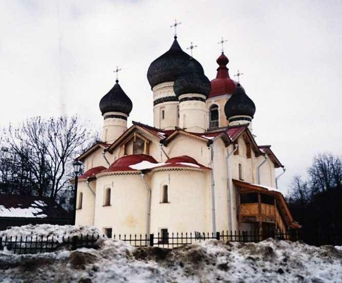 Церковь Феодора Стратилата на Щиркове в Великом Новгороде