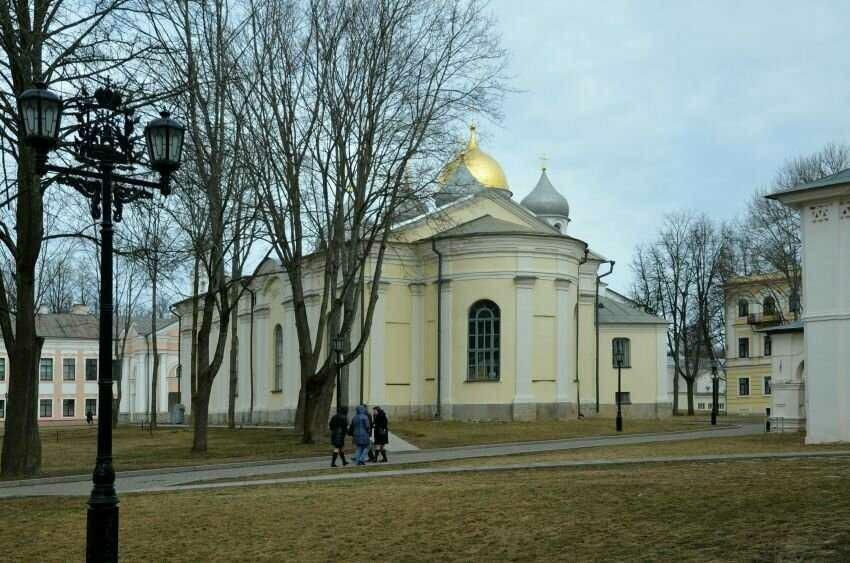 Церковь входа Господня в Иерусалим в Новгородском Кремле