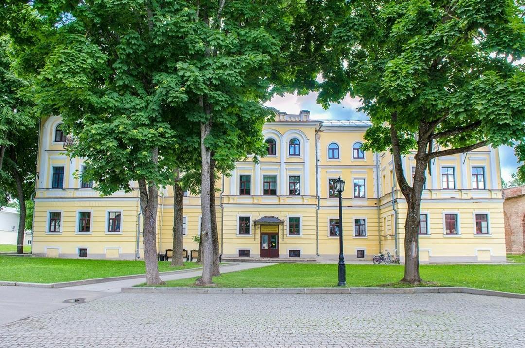 Государственное бюджетное профессиональное образовательное учреждение Новгородский областной колледж искусств в Новгородском Кремле
