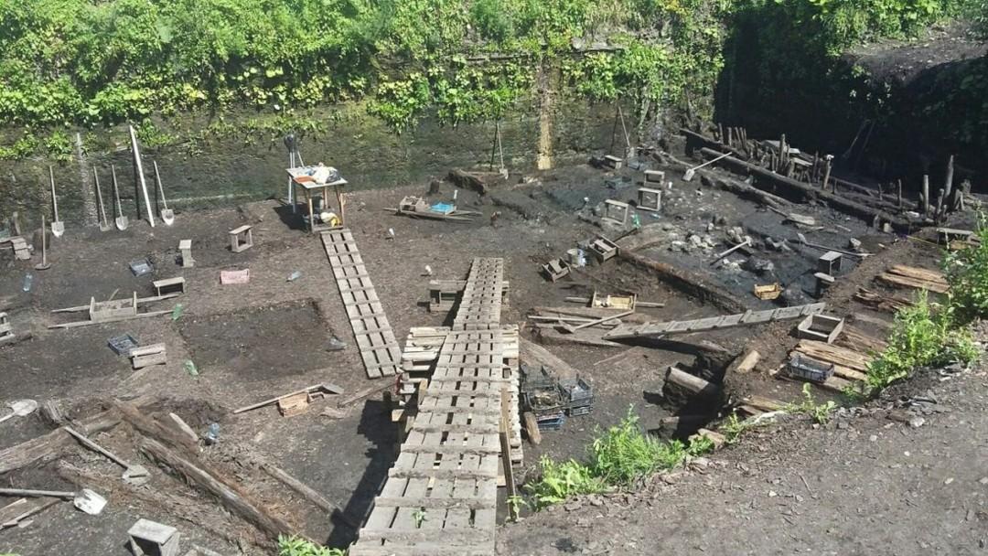 Троицкий раскоп в Великом Новгороде