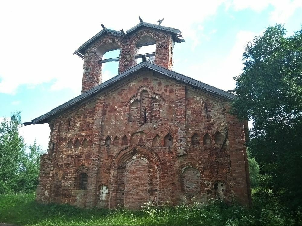 Церковь Иоанна Милостивого на Мячине в Великом Новгороде