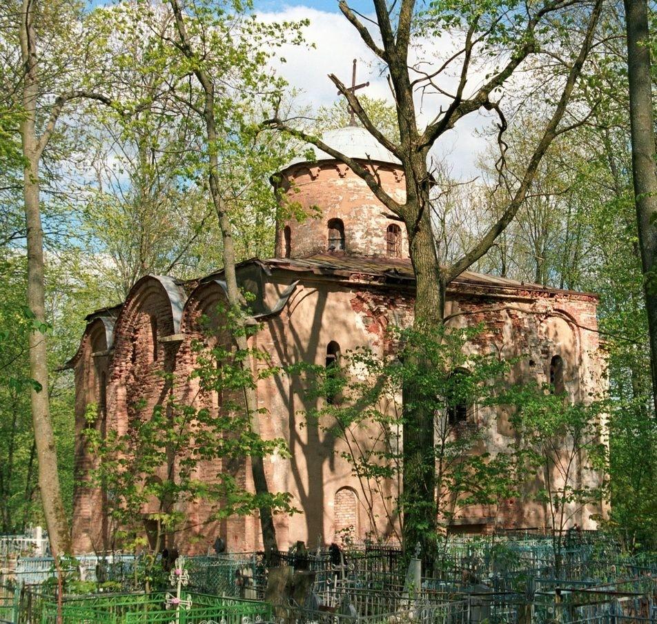 Церковь Петра и Павла на Синичьей горе в Великом Новгороде