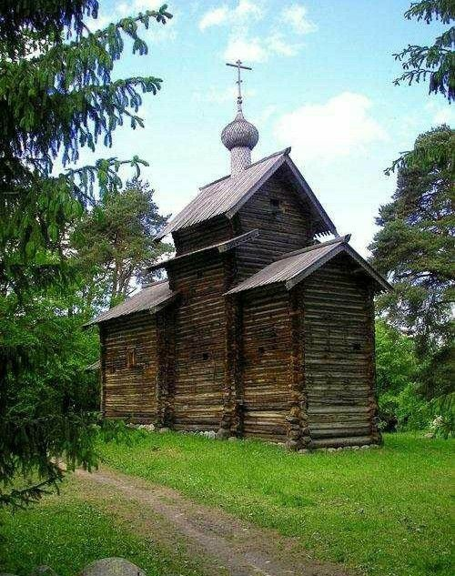 Церковь Николая Чудотворца из деревни Тухоля в Витославлицах в Великом Новгороде