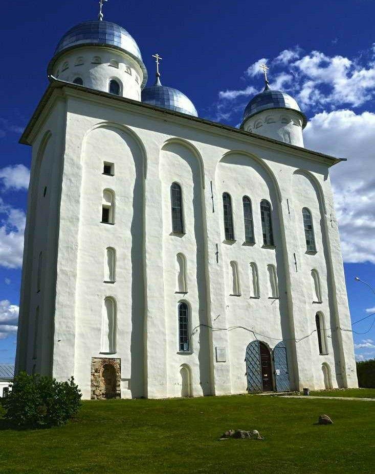 Собор Георгия Победоносца в Юрьевом мужском монастыре в Великом Новгороде
