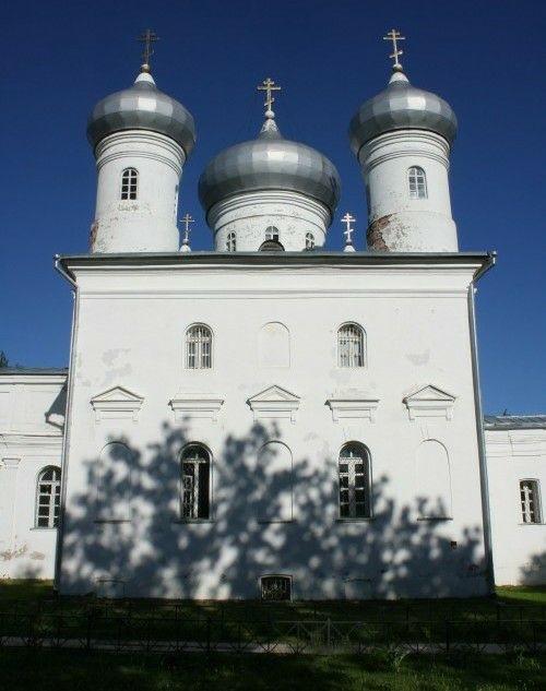 Собор Спаса Нерукотворного Образа в Юрьевом мужском монастыре в Великом Новгороде