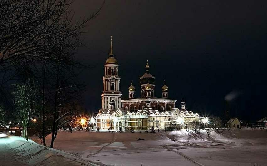 Воскресенский кафедральный собор в Старой Руссе