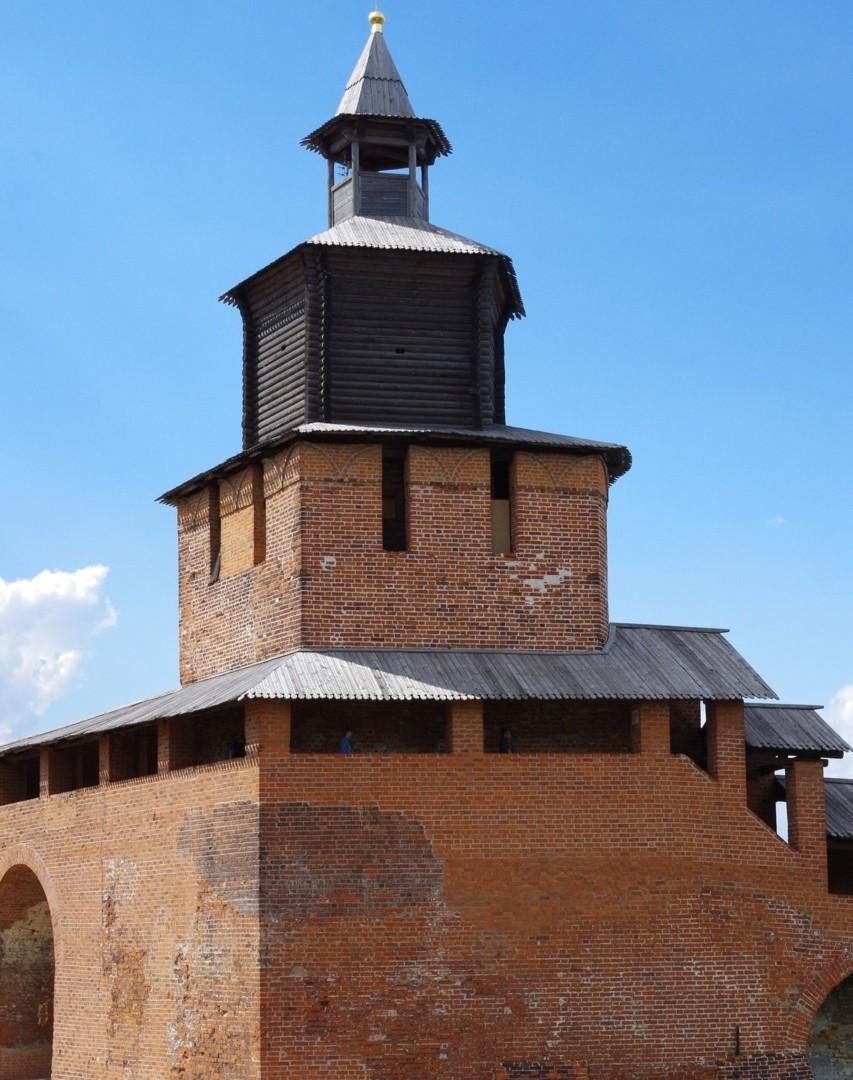 Часовая башня в Нижегородском Кремле