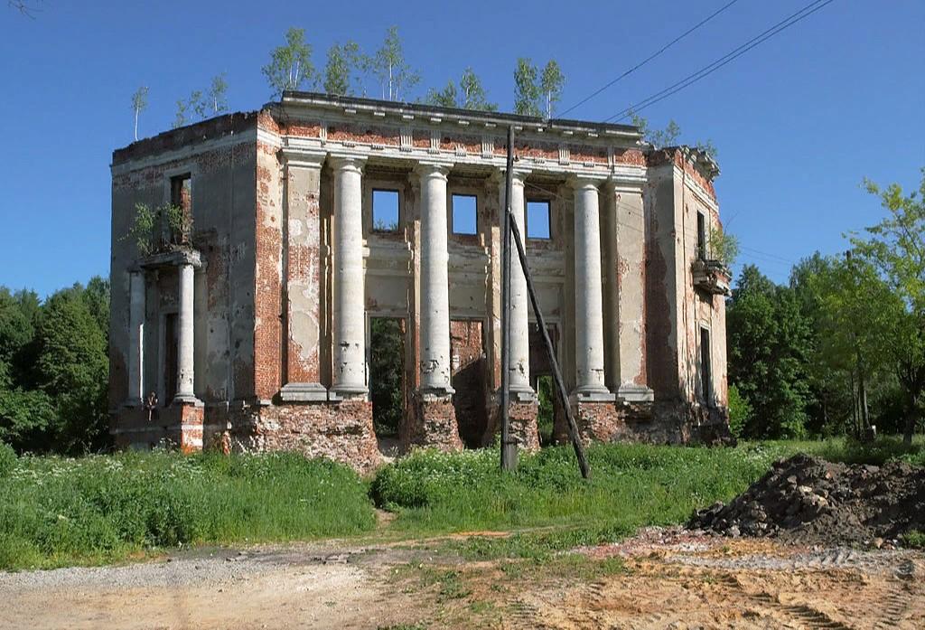 Усадьба Петровское-Алабино