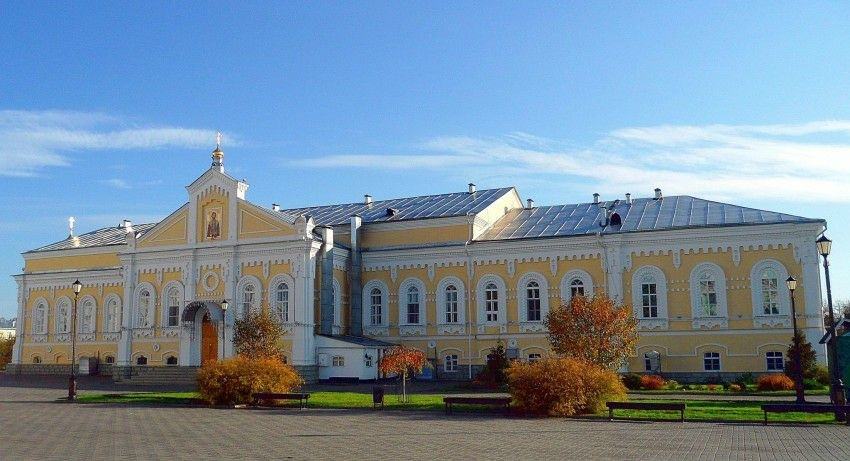 Трапезная Церковь Александра Невского Свято-Троицкого Серафимо-Дивеевского женского монастыря