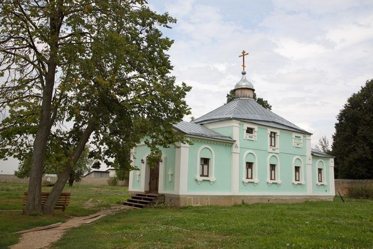 Храм святого Преподобноисповедника Георгия (Лаврова)