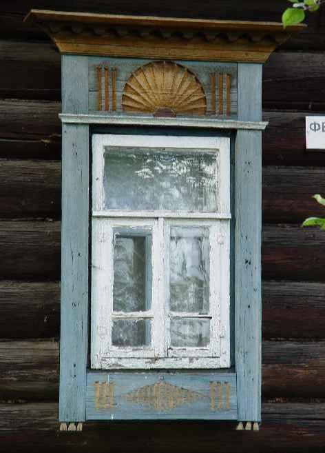 Паюс, бычий пузырь и слюда. Что раньше вставляли в окна вместо стекла?