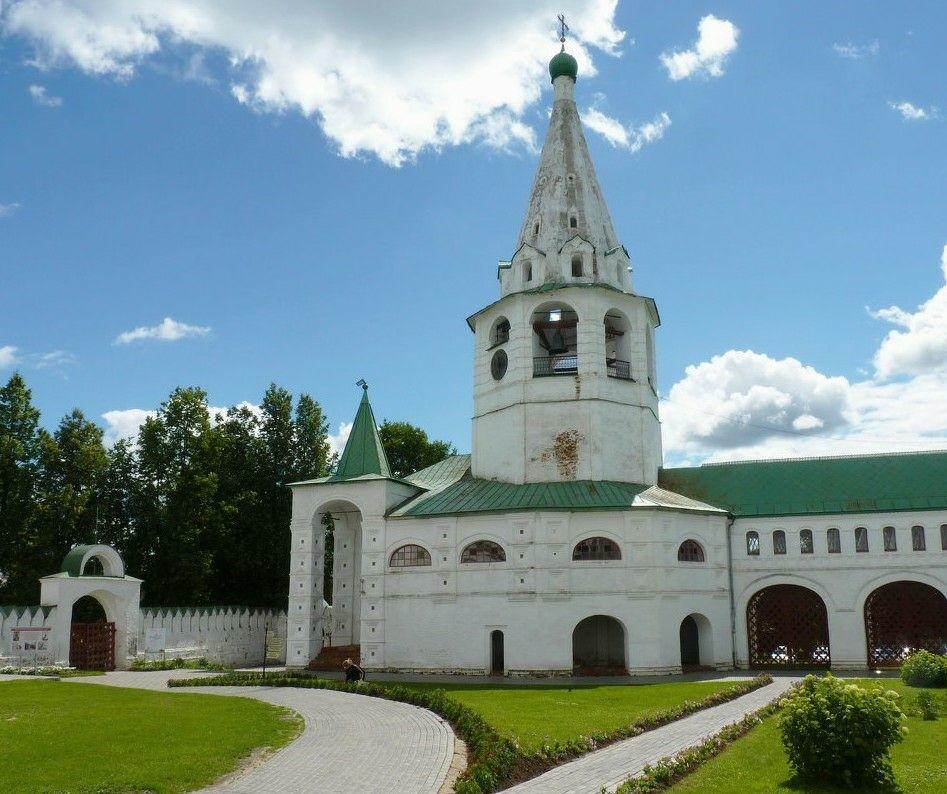 Колокольня в Суздальском Кремле