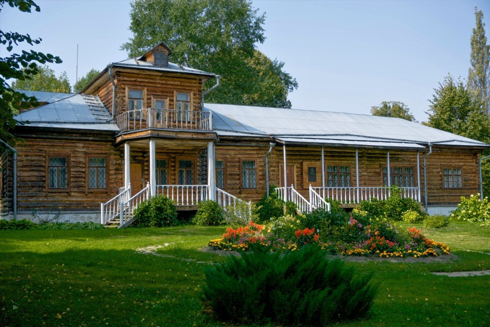 Музей-усадьба Л. Н. Толстого «Никольское-Вяземское»