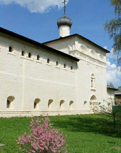 Церковь Николая Чудотворца в Спасо-Евфимиевом монастыре в Суздале