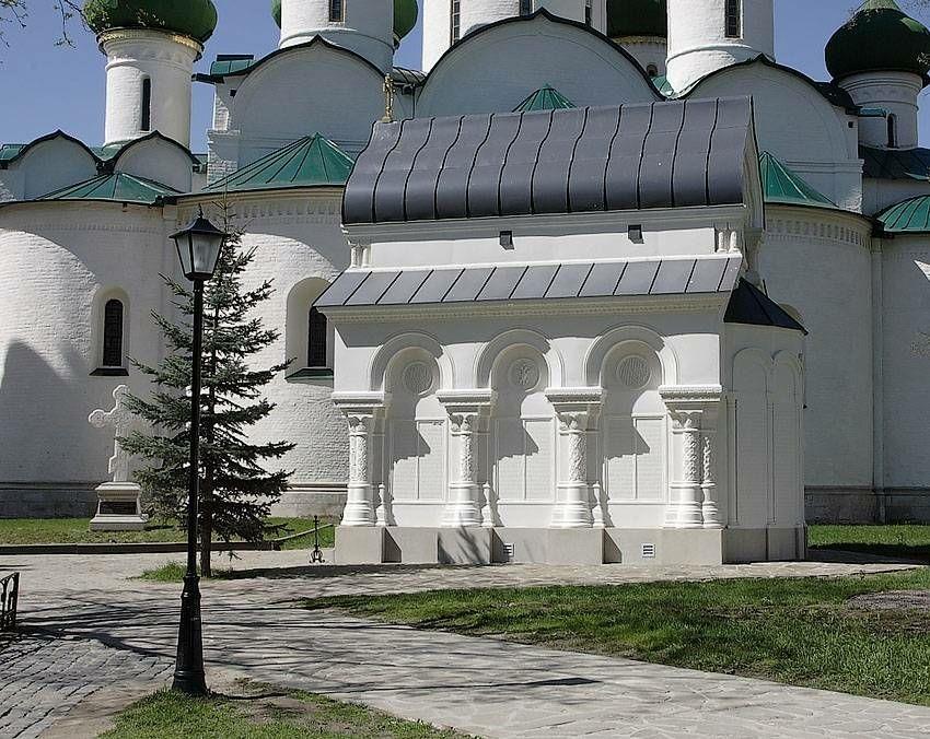 Часовня-Усыпальница Д. М. Пожарского в Спасо-Евфимиевом монастыре в Суздале