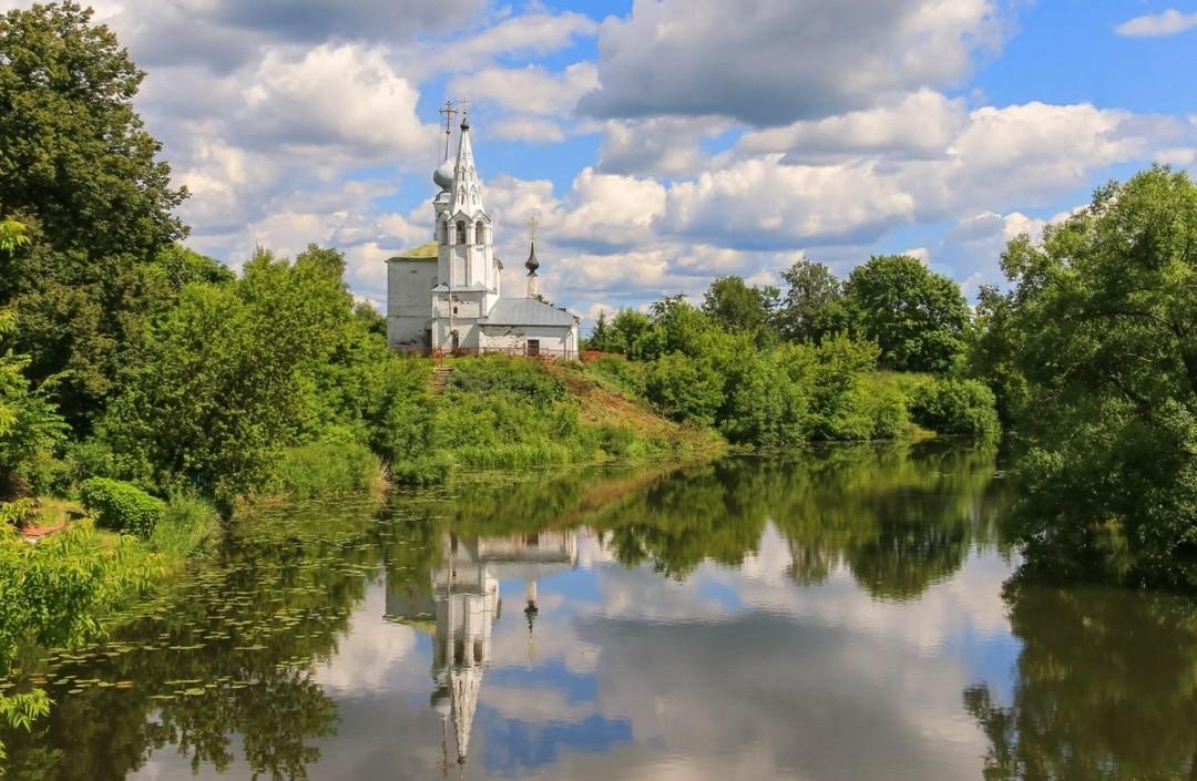 Церковь Космы и Дамиана на Яруновой горе в Суздале