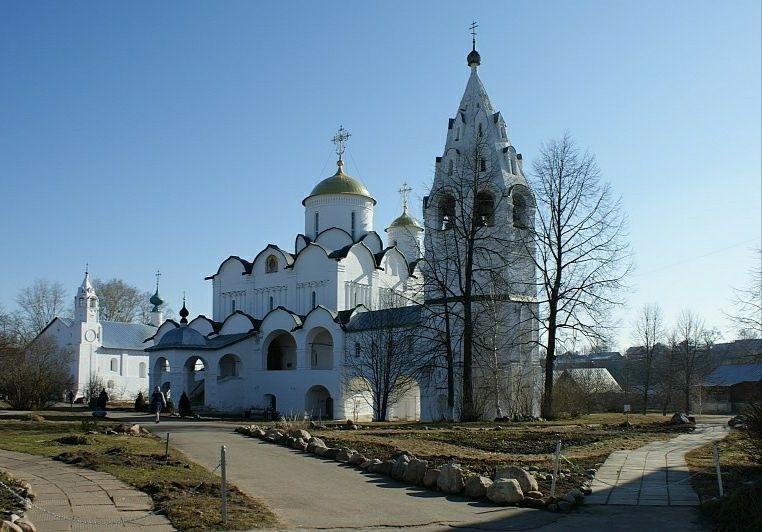 Собор Покрова Пресвятой Богородицы в Свято-Покровском женском монастыре в Суздале