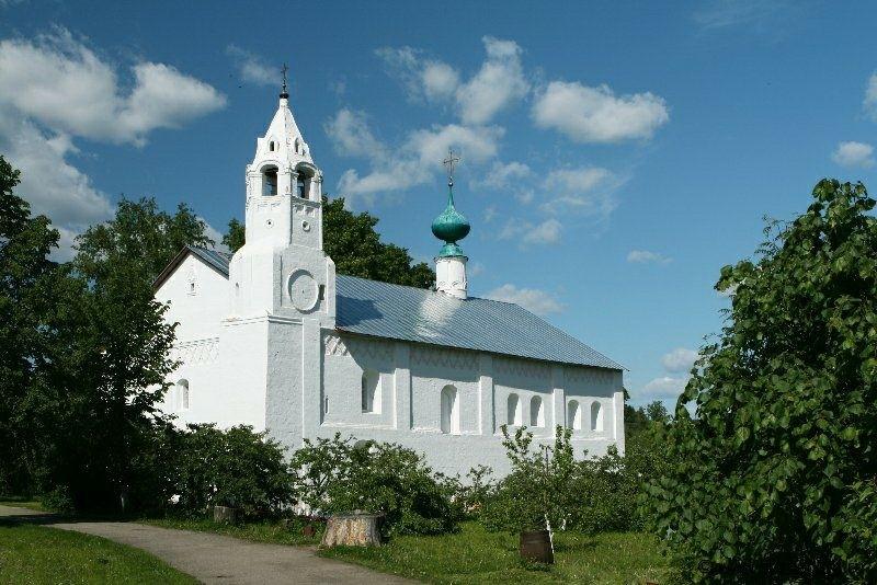 Зачатьевская трапезная церковь в Свято-Покровском женском монастыре в Суздале