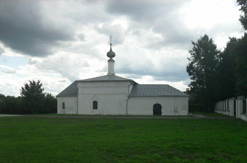Церковь Николая Чудотворца у Свято-Покровского женского монастыря в Суздале
