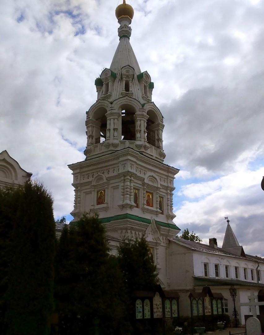 Колокольня Свято-Троицкого женского монастыря в Муроме