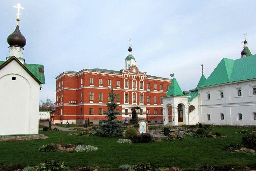 Церковь Херсонесских Священномучеников Спасо-Преображенского мужского монастыря в Муроме