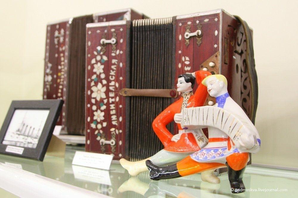 Музей гармони деда Филимона в Туле