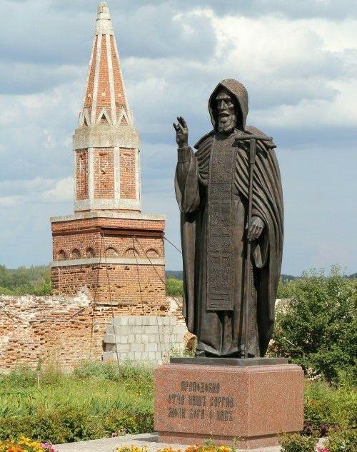 Надкладезная часовня Старо-Голунского монастыря в Коломне