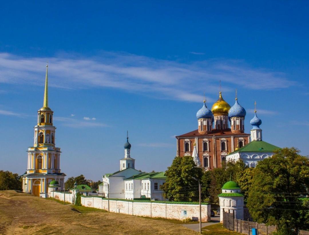 Стены и башни Рязанского Кремля