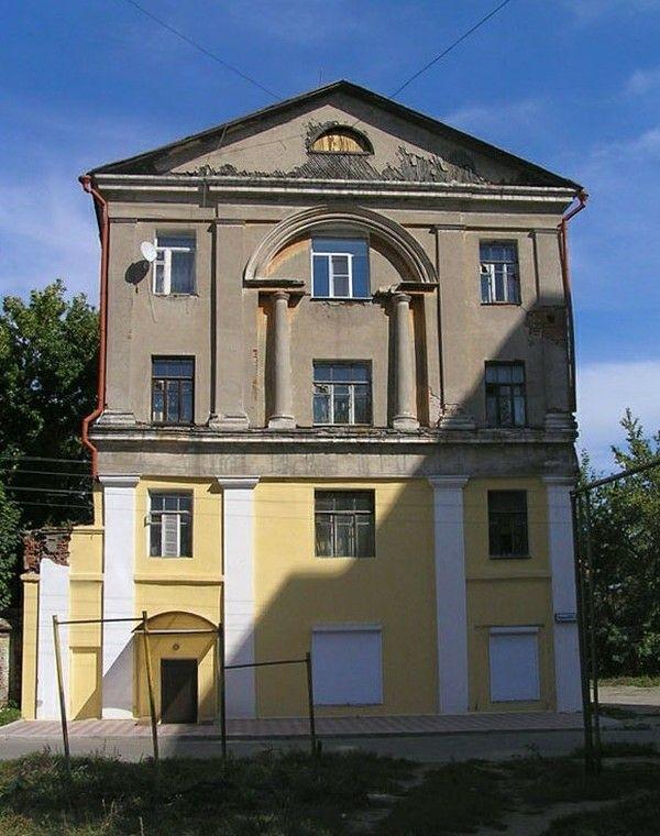 Надвратная церковь Великомученицы Варвары Казанского женского монастыря в Рязани