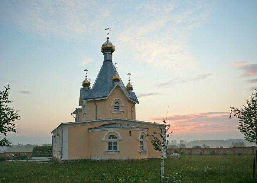 Церковь Успения Пресвятой Богородицы в селе Успенкое